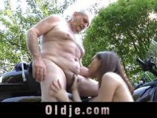 70 old man fucking outdoors wi...