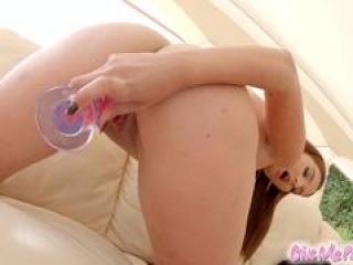Givemepink dildo and vibrator...