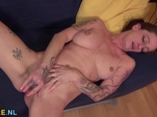 German naughty housewife playi...